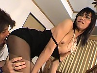 Dr Linda in pantyhose licked and assfucked